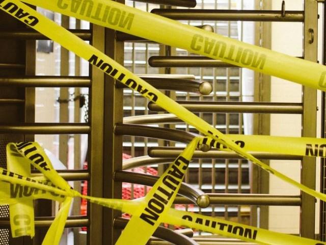 NYC Subway Managers Receive $300,000 Salaries While MTA Cuts Mechanics