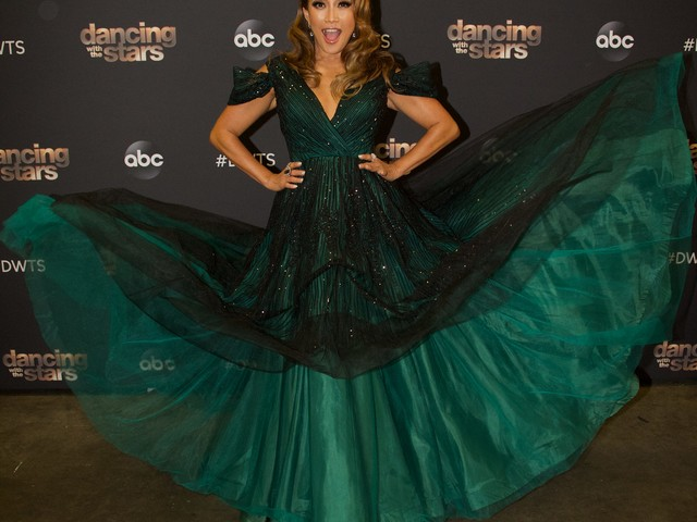 Carrie Ann Inaba laughs off her televised chair tumble on 'Dancing With the Stars'