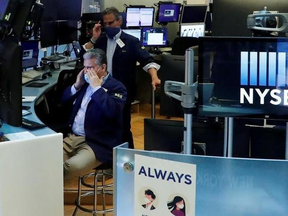 Futures Flat On Stalled Stimulus, Europe Elevated On Earnings