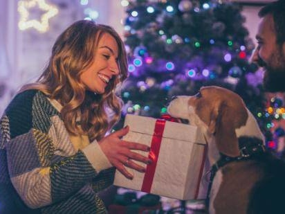 30 Best Unique Christmas Gifts For Your Wife