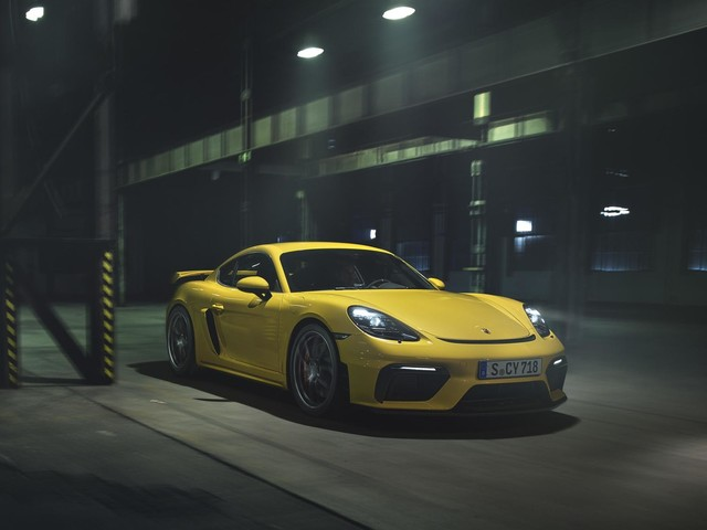 The 2020 Porsche 718 Cayman GT4 has a new 414 horsepower 4.0-liter boxer-six