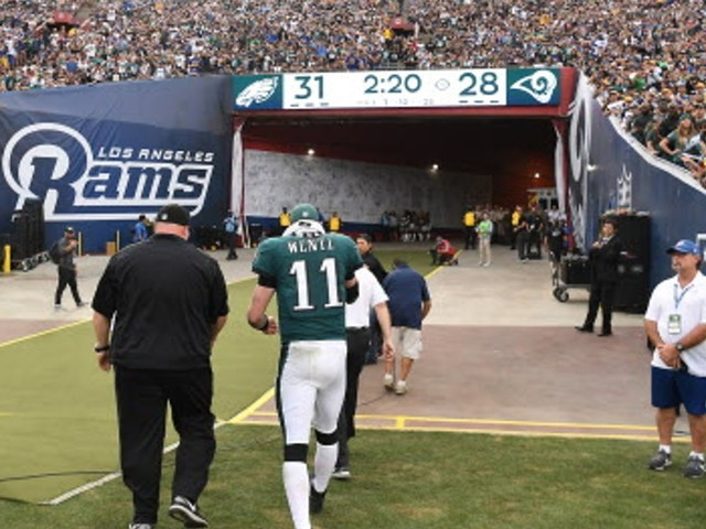 Don't assume Carson Wentz's injury means Vikings will take home field from Eagles