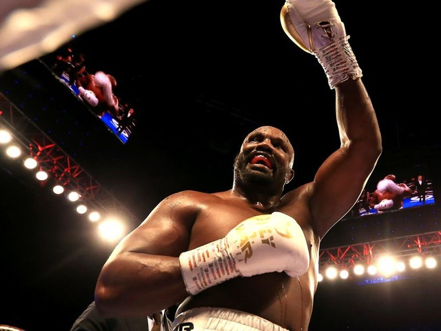 With boxing bout on hold, Dereck Chisora wants MMA debut in Bellator