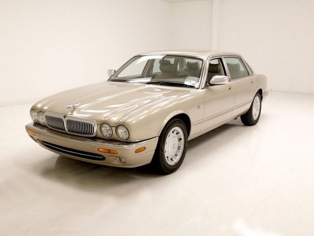 1998 Jaguar Vanden--Plas