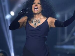 Women dominate American Music Awards, but not as nominees