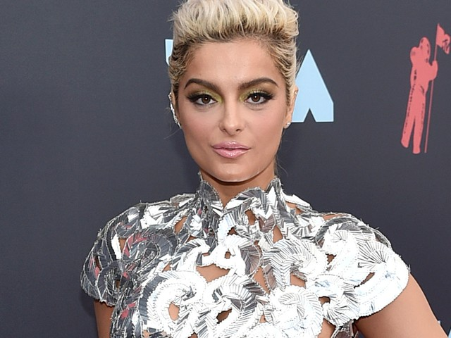 Bebe Rexha wore a daring silver dress Christian Siriano made in 2 hours on the same day as the MTV VMAs