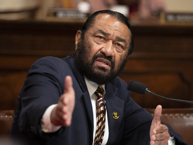 Dem lawmaker says it's his 'mission' to have Trump removed from office