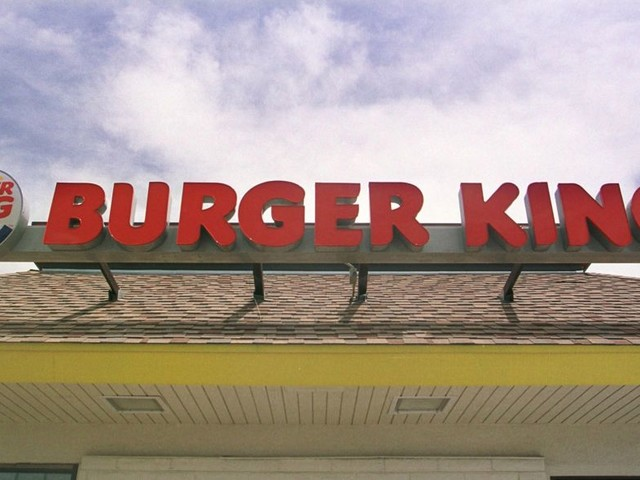 """South Florida Based Burger King Being Sued By Vegan Over """"Impossible Whopper"""""""