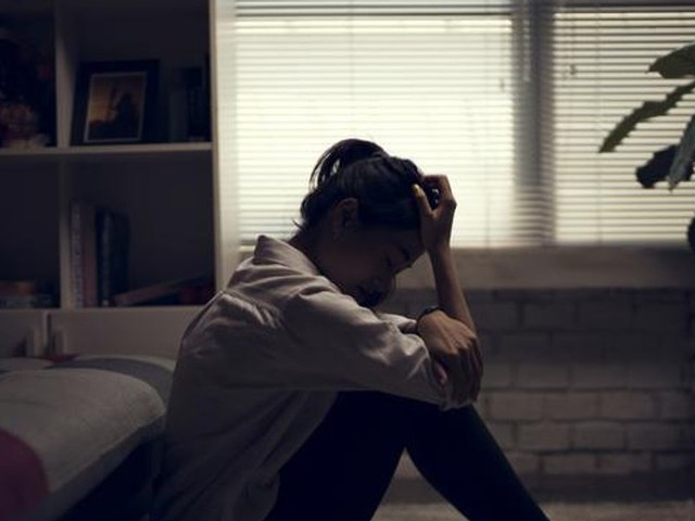 Suicide attempts by teen girls spiked during COVID-19 pandemic: CDC