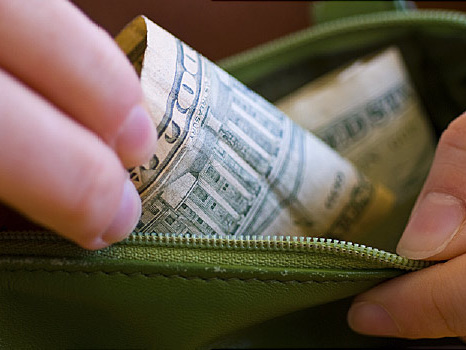 U.S. House Passes Drug Pricing Bill