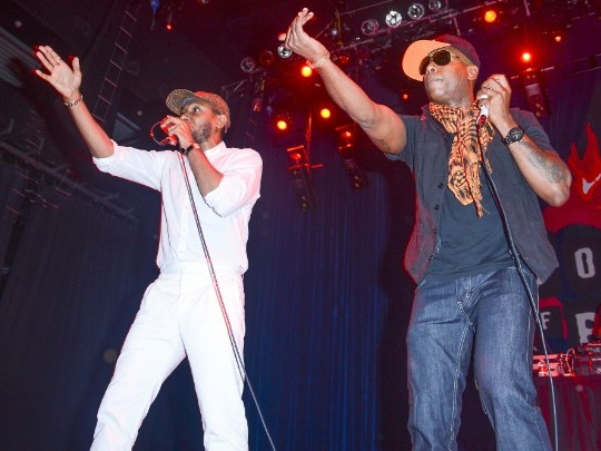 Watch Black Star's Surprise Reunion At Robert Glasper's Blue Note Residency