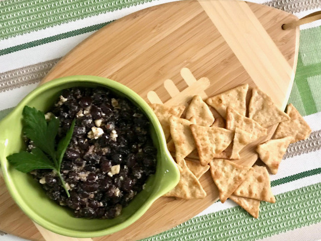 Recipe: Black Bean 'Caviar' with pita chips will score points at your Super Bowl gathering