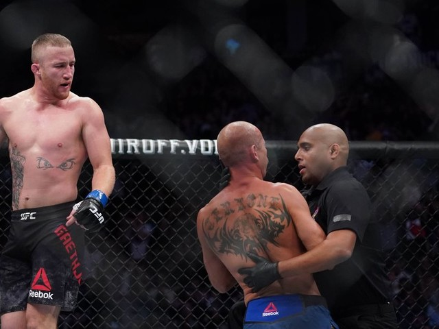 UFC exec says ref could have stopped Gaethje-Cerrone fight 'a punch earlier'