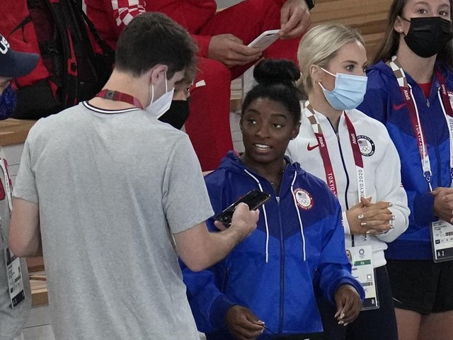 Biles set to return to competition for balance beam final