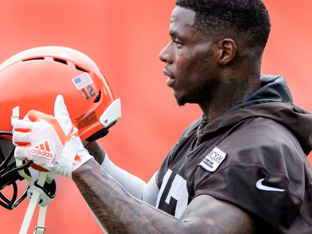 Browns begin training camp with a familiar question