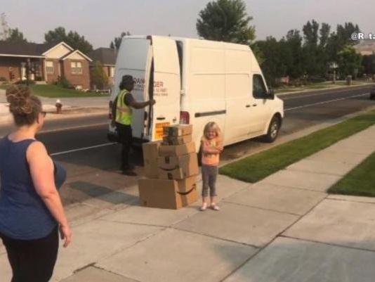 Watch: 6-year-old girl secretly buys $350 worth of toys on Amazon