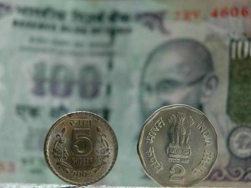 Rupee rises 22 paise to 70.72 against U.S. Dollar in early trade