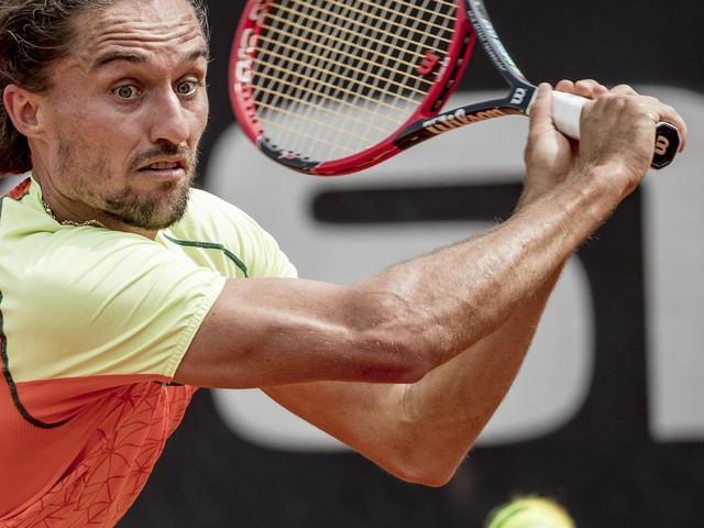 Man interrupts Swedish Open semi to give Nazi salute