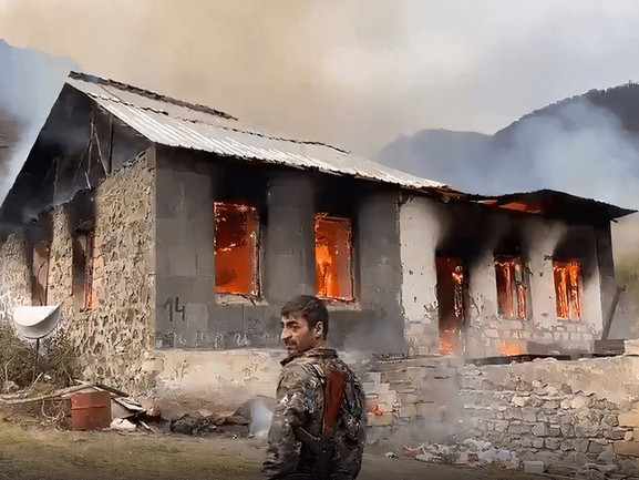 Shocking Images:Fleeing Armenians BurnOwn Homes Rather Than Leave Them To Azerbaijan
