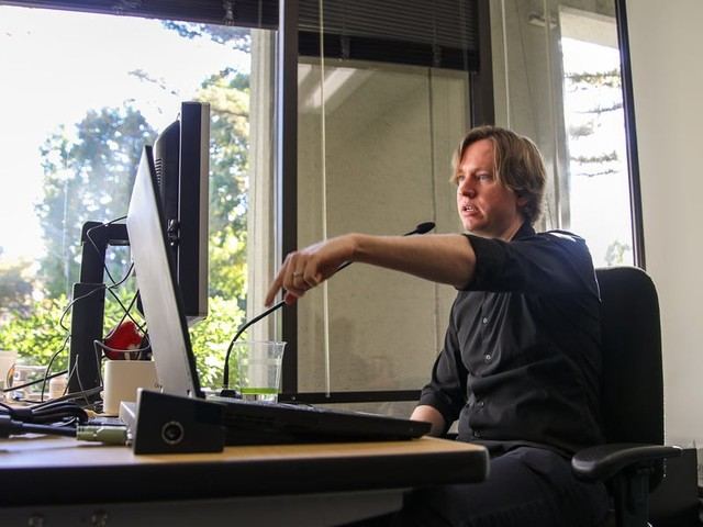 A Google engineer thought he'd have to stop coding because of a health condition that makes it incredibly painful to type. Now, he programs with his voice and helps others learn to do it, too. (GOOG, GOOGL)