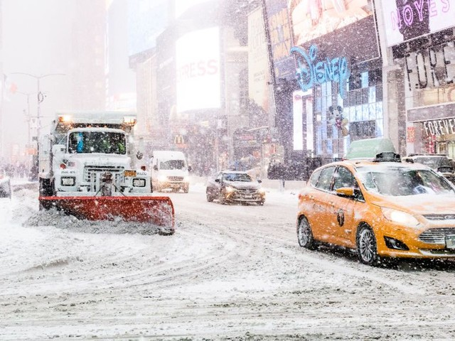 All Wednesday Flights Canceled at LaGuardia Airport
