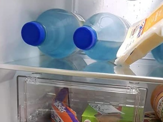 Man infuriates his fiancée with sneaky refrigerator hack