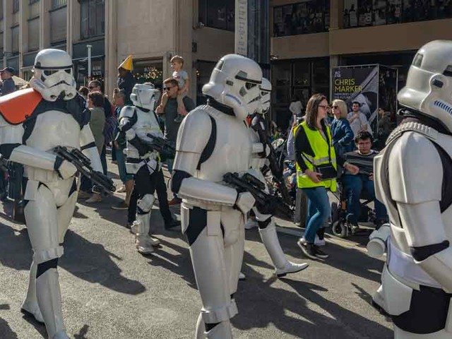 'Star Wars' protest against forced vaccinations in California