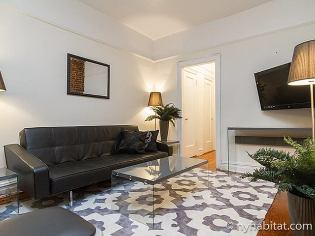 New York Apartment: 2 Bedroom Apartment Rental in Union Square (NY-17245)
