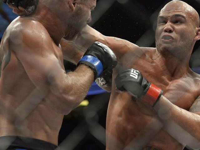 UFC on FOX 26: Robbie Lawler vs. Rafael dos Anjos Toe-To-Toe preview - A complete breakdown