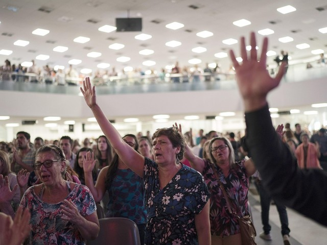 Evangelicals, growing force in Brazil, to impact elections