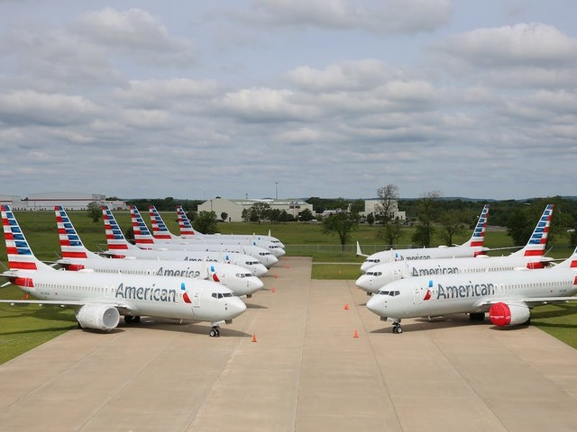 An American Airlines exec reveals why airlines are getting way ahead of Boeing by yanking the 737 Max off their schedules early (AAL)