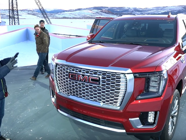 First Look: 2021 GMC Yukon Is A Luxurious SUV With A Massive Cabin
