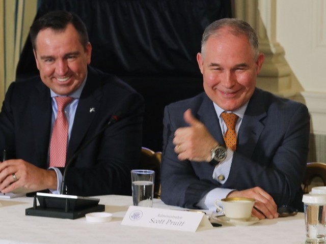 Scott Pruitt Is Still Flying First Class in Brave Defiance of the Dangers of Coach