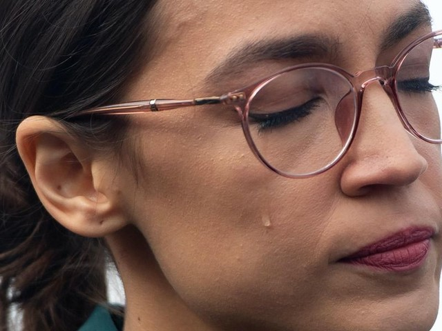 Progressives lash out at Ocasio-Cortez after she releases a non-explanation for her vote on Israeli defense
