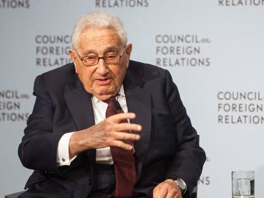 """Kissinger: Biden Must Uphold Trump Administration's """"Brilliant"""" Policy In The Middle East"""