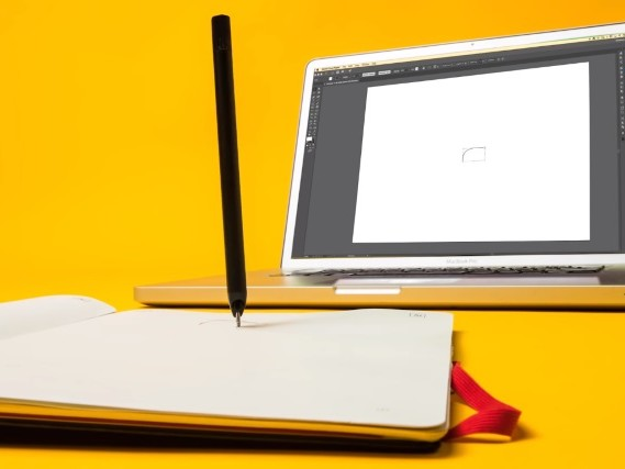 Moleskine teams up with Adobe to create a smart notebook: the Moleskine Paper Tablet Creative Cloud Connected edition