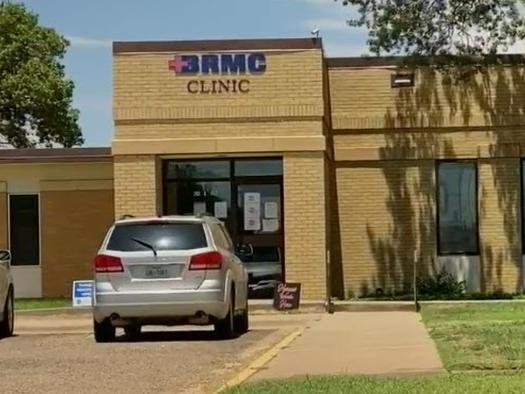 Texas Hospital Faces Closure Over Vaccine Mandate, CEO Says