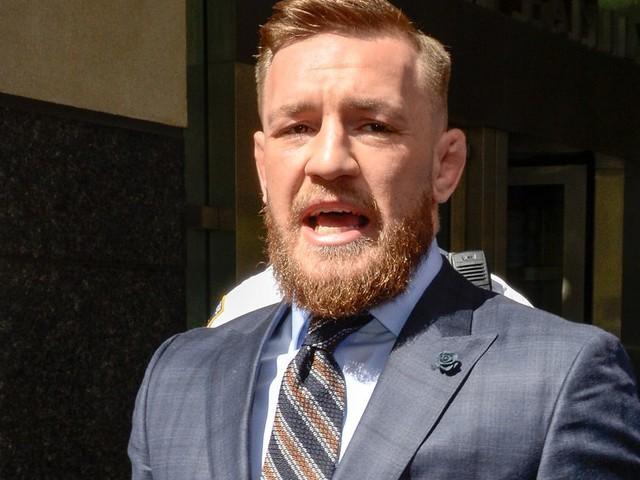 McGregor announces Jan. 18 UFC return, refuses to disclose opponent