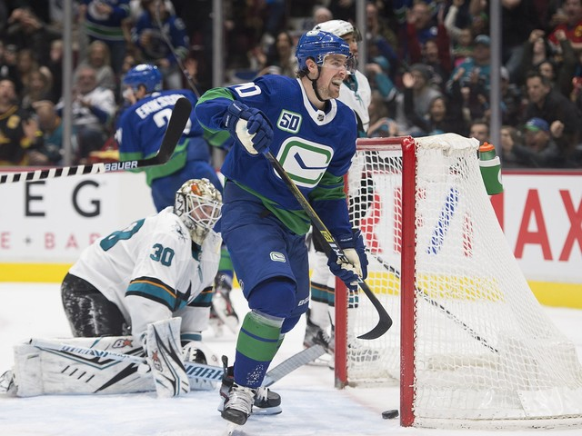 Sharks fall to Canucks in Vancouver