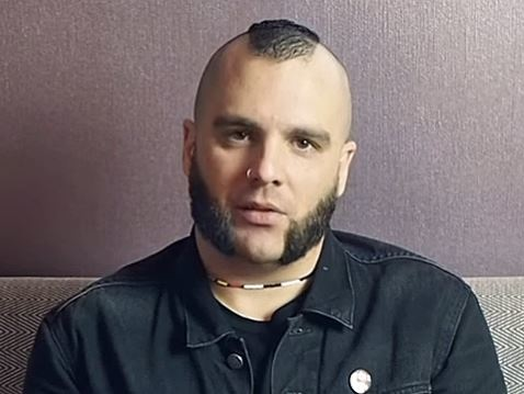 KILLSWITCH ENGAGE's JESSE LEACH: 'I Have Been Mourning The Current State Of The World For Days Now'