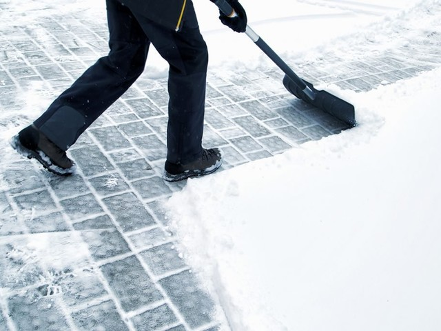 Winter Is Here — and This App Will Help You Make Money Shoveling Snow
