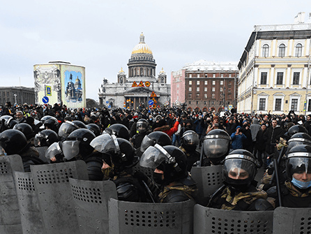 Russian Police Detain Thousands in Second Week of Navalny Protests