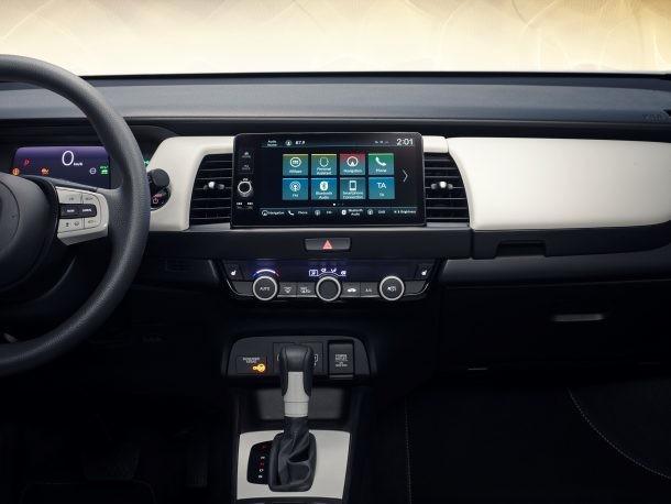 Honda Snubs Touchscreen Controls: Good Idea, or Great Idea?
