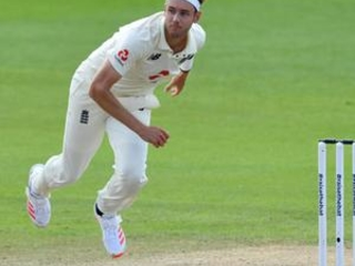 Stuart Broad handed fine by his dad for using bad language