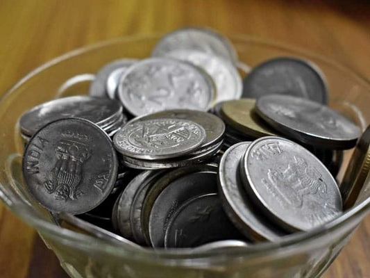 Rupee Falls Over 1% Against Dollar As Crude Oil Rates Soar: 10 Points
