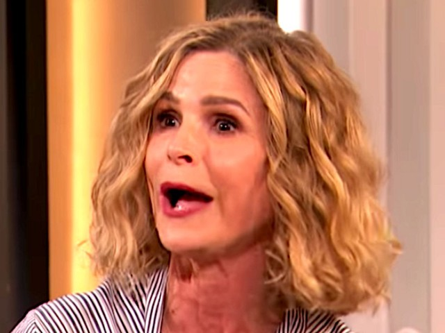 Kyra Sedgwick Pushed The Panic Button In Tom Cruise's House