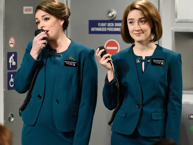 Saoirse Ronan isn't having the backlash around that Aer Lingus sketch on 'SNL'