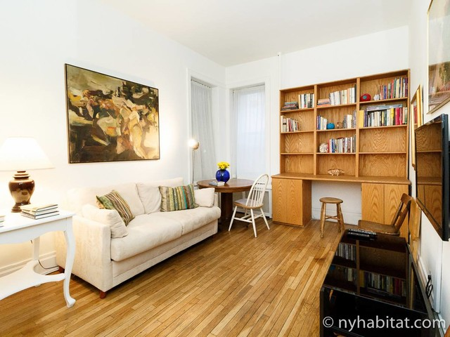 New York Roommate: Room for rent in Upper East Side - 2 Bedroom apartment (NY-17379)