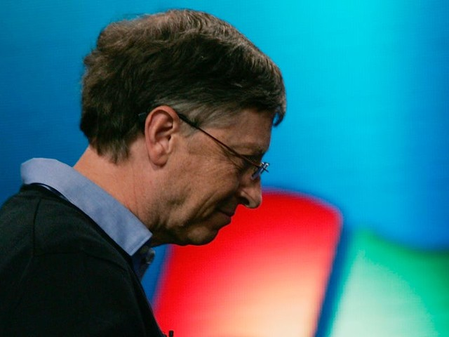 Bill Gates blames anti-trust lawsuit for Microsoft's big miss on mobile: 'Instead of using Android today, you would be using Windows Mobile' (MSFT)