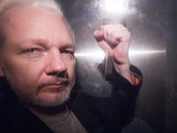 Assange's Judge Out After Military/Intel-Linked Conflicts Of Interest Exposed